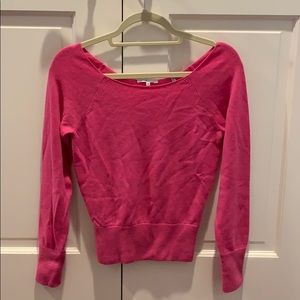 Vince cashmere off shoulder sweater sexy pink